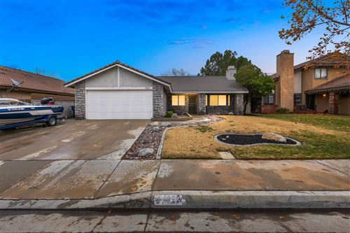 Photo of 44026 Ruthron Avenue, Lancaster, CA 93536 (MLS # 19012673)