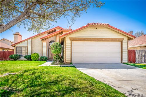 Photo of 1610 E Norberry Street, Lancaster, CA 93535 (MLS # 20002678)