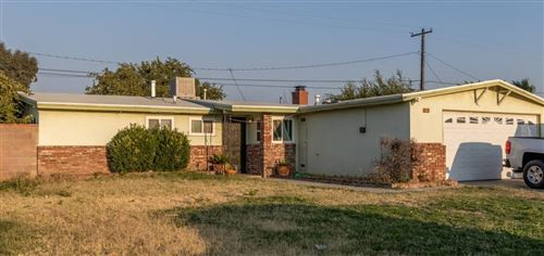 Photo of 44014 E 3rd Street, Lancaster, CA 93535 (MLS # 20007685)