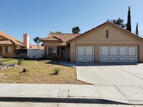 Photo of 5802 Russ Place, Palmdale, CA 93552 (MLS # 20002702)