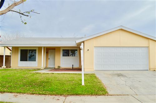 Photo of 45730 Fig Avenue, Lancaster, CA 93534 (MLS # 19012727)
