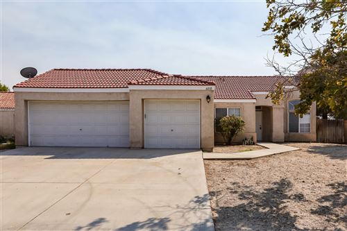 Photo of 6010 E Avenue R11, Palmdale, CA 93552 (MLS # 20007748)