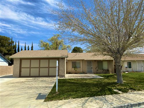 Photo of 43208 Archwood Way, Lancaster, CA 93536 (MLS # 20002752)