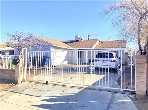 Photo of 37910 E 10th Street, Palmdale, CA 93550 (MLS # 19012766)