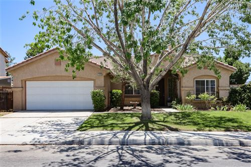 Photo of 5518 E Avenue R11, Palmdale, CA 93552 (MLS # 20004781)