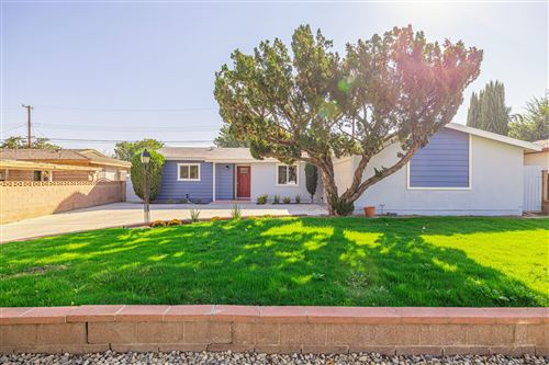 Photo of 43718 Gadsden Avenue, Lancaster, CA 93534 (MLS # 20007785)