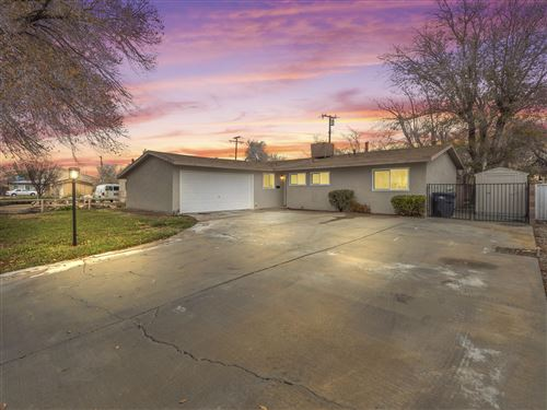 Photo of 45556 W 17th Street, Lancaster, CA 93534 (MLS # 19012791)