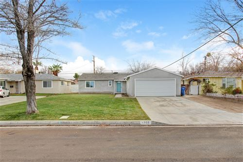 Photo of 1268 W Kildare Street, Lancaster, CA 93534 (MLS # 19012833)