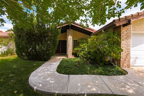 Photo of 44170 Halcom Avenue, Lancaster, CA 93536 (MLS # 20004892)