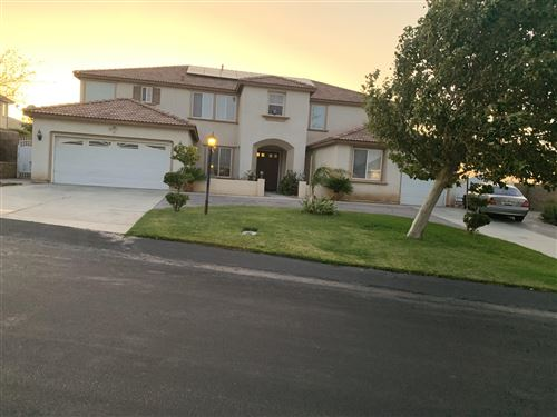 Photo of 40921 Oakview Lane, Palmdale, CA 93551 (MLS # 20003900)