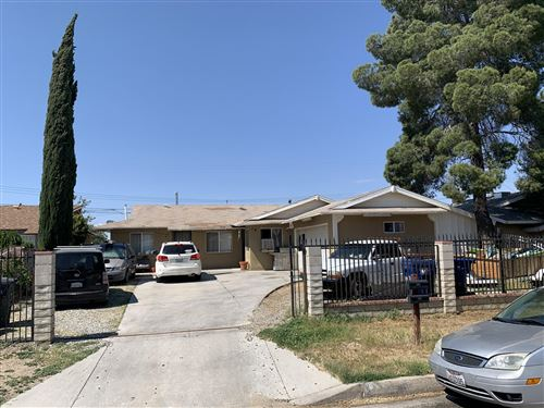 Photo of 833-835 E Avenue P12, Palmdale, CA 93550 (MLS # 20003913)