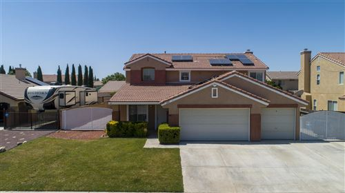 Photo of 2814 W Newgrove Street, Lancaster, CA 93536 (MLS # 20004946)