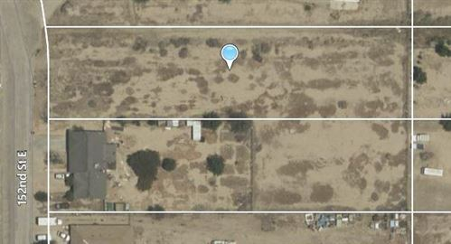 Photo of 152nd St E Vic Ave Q7 #Ste Vic, Palmdale, CA 93591 (MLS # 20004950)
