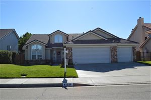 Photo of 42539 W 62nd Street, Lancaster, CA 93536 (MLS # 19007967)