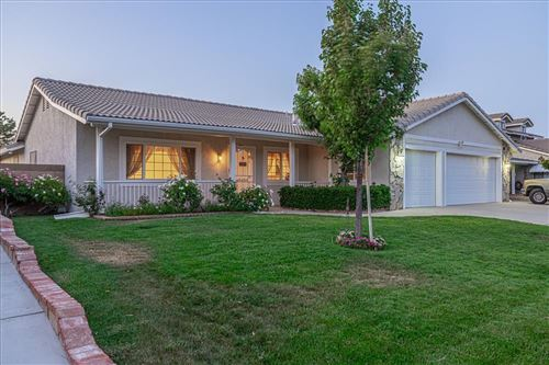 Photo of 6221 W Avenue L12, Lancaster, CA 93536 (MLS # 20004975)