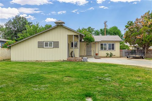 Photo of 1224 W Ivesbrook Street, Lancaster, CA 93534 (MLS # 20004976)