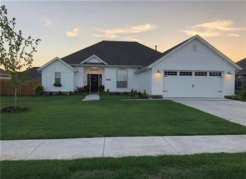 Photo of 4050 Deerhurst  ST, Springdale, AR 72764 (MLS # 1138006)