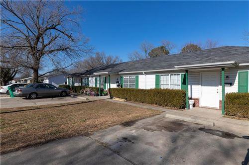Photo of 212 E Sunset Avenue, Springdale, AR 72764 (MLS # 1171016)