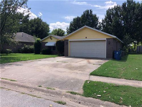 Photo of 9 Jordan Lane, Bentonville, AR 72712 (MLS # 1157026)