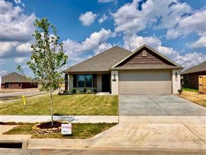 Photo of 136  N Benchmark  LN, Fayetteville, AR 72704 (MLS # 1118049)