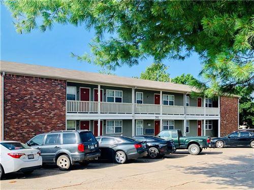 Photo of 1820 W Twin Springs Street #17, Siloam Springs, AR 72761 (MLS # 1157056)