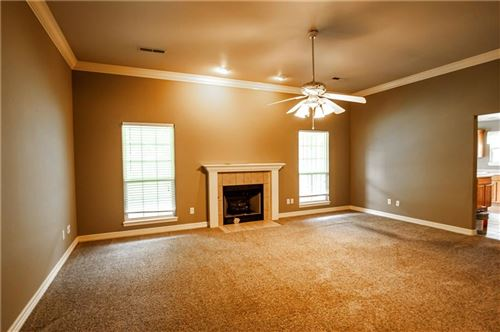 Photo of 952 N Queen Annes Lace Drive, Fayetteville, AR 72704 (MLS # 1151103)