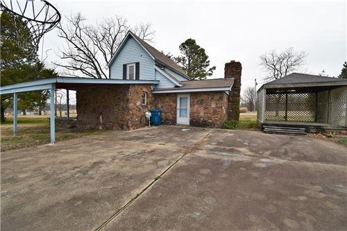 Photo of 414 Edmondson Road, Gentry, AR 72734 (MLS # 1157111)