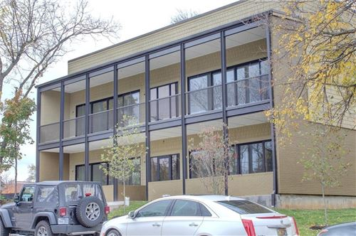 Photo of 218  N Church  AVE Unit #1, Fayetteville, AR 72701 (MLS # 1083117)