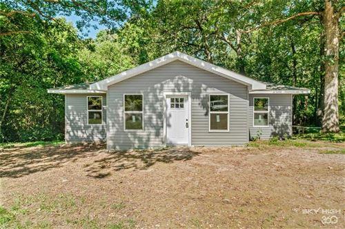 Photo of 1651 N Starnes Lane, Fayetteville, AR 72701 (MLS # 1188142)