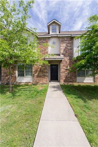 Photo of 682 W Sycamore Street, Fayetteville, AR 72703 (MLS # 1184185)