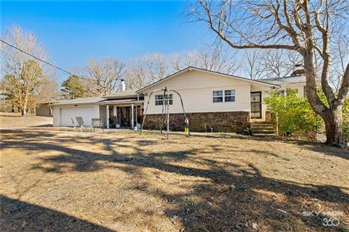 Photo of 12374 Gailey Hollow Road, Siloam Springs, AR 72761 (MLS # 1171198)
