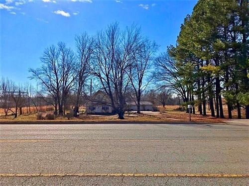 Photo of 3311 SW 14th Street, Bentonville, AR 72712 (MLS # 1193201)