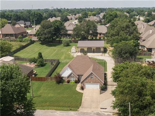 Photo of 210 Edgewood Avenue, Springdale, AR 72764 (MLS # 1193222)