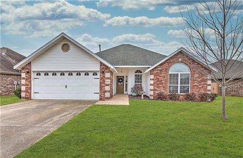 Photo of 5214  S 60th  PL, Rogers, AR 72758 (MLS # 1136273)