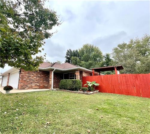 Photo of 920 and 922 E Mimosa Place, Rogers, AR 72756 (MLS # 1201320)