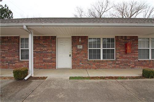 Photo of 1102 Lincoln Court #6, Bentonville, AR 72712 (MLS # 1171323)