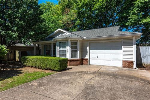 Photo of 1537 N Timberline Drive, Fayetteville, AR 72704 (MLS # 1188355)