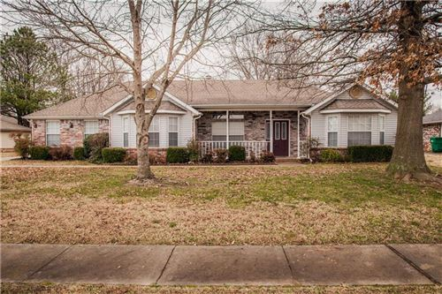 Photo of 3417 Hillview  CT, Springdale, AR 72762 (MLS # 1138360)