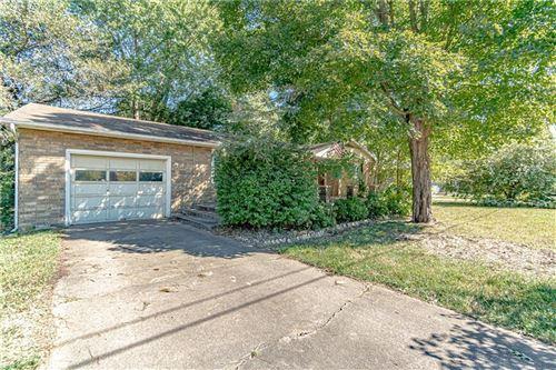 Photo of 308 Crestview Drive, Bentonville, AR 72712 (MLS # 1198367)