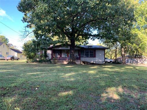 Photo of 1409 Bella Vista Road, Bentonville, AR 72712 (MLS # 1161370)