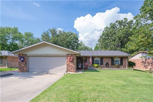 Photo of 1315 W Forest Drive, Rogers, AR 72756 (MLS # 1157391)
