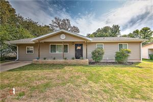 Photo of 807 14th  ST, Rogers, AR 72756 (MLS # 1130411)