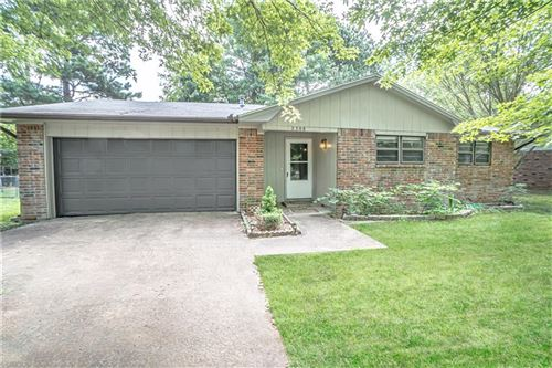 Photo of 2308 S Clover Drive, Fayetteville, AR 72701 (MLS # 1153420)