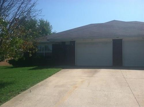 Photo of 54 Holly Drive #A, Bentonville, AR 72712 (MLS # 1160431)
