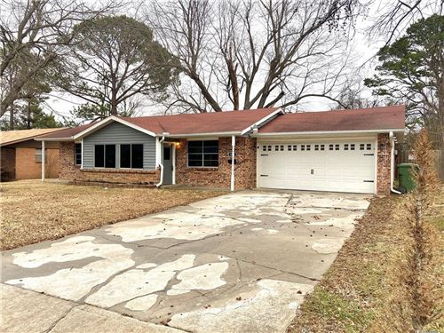 Photo of 828 S 11th Street, Rogers, AR 72756 (MLS # 1171441)