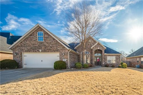 Photo of 2207  S 18th  ST, Rogers, AR 72758 (MLS # 1139454)