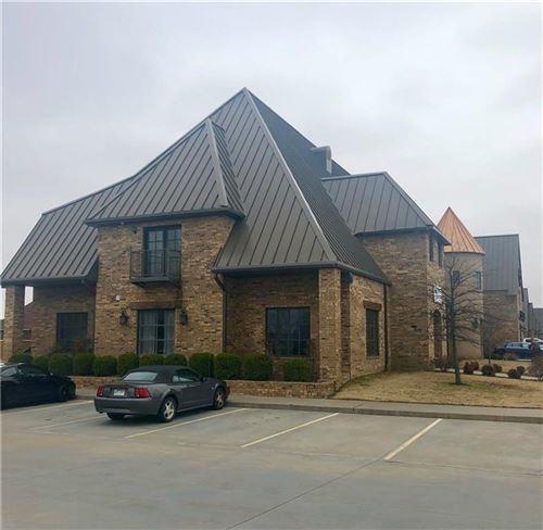 Photo of 3401 SW 2nd Street, Bentonville, AR 72712 (MLS # 1171456)