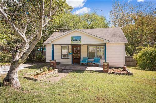 Photo of 103 Dotson Street, Huntsville, AR 72740 (MLS # 1161486)