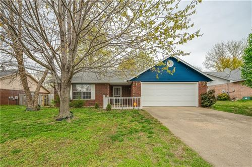 Photo of 4388 W Beaver Lane, Fayetteville, AR 72704 (MLS # 1143499)