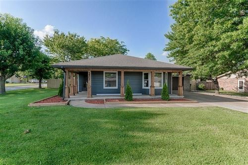 Photo of 1407 W Centennial Drive, Rogers, AR 72758 (MLS # 1151559)